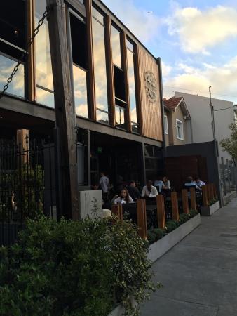 Gluck Cerveceria - Zona Irigoyen