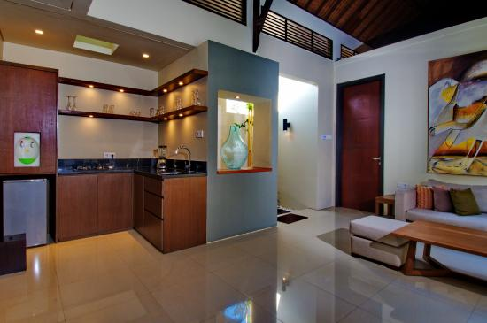 Pradha Villas: Luxury Kitchen Area