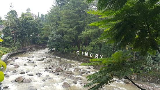 cimori riverside resto picture of cimory riverside bogor rh tripadvisor ie