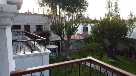 área De Terraza Con Lindos Muebles De Rattan Picture Of