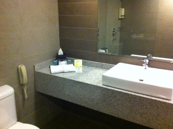 RELC International Hotel Photo