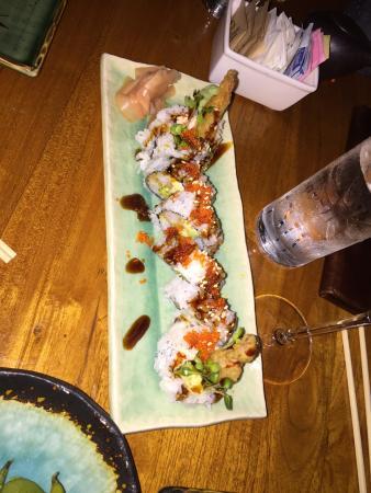 Kai Sushi Bistro - The Ritz-Carlton, Kapalua: Shrimp tempura roll