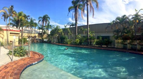 Quality Hotel Mermaid Waters: Pool facilities are beautiful