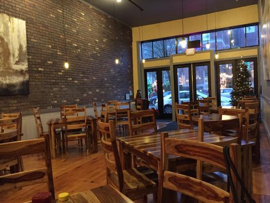 Όρεγκον Σίτι, Όρεγκον: A classy new place in downtown Oregon City other that the snobby wine shop down the street and t