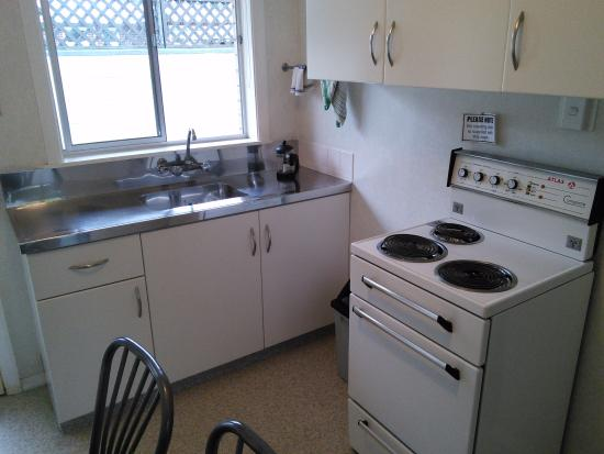 Cambridge, Nueva Zelanda: Small, well supplied kitchenette