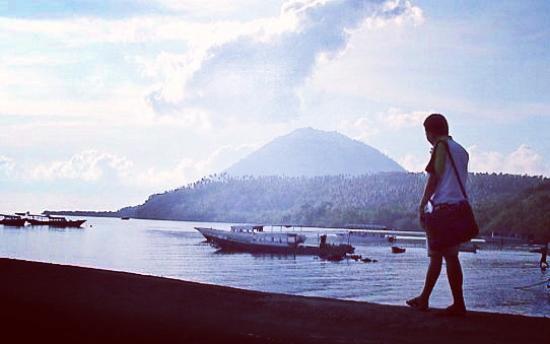 Bunaken Island Resort: view gunung manado tua dari bunaken