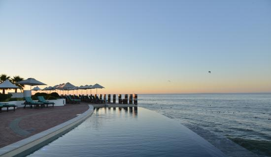 Radisson Blu Hotel Waterfront, Cape Town: Pool at Sunset