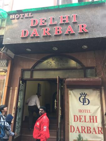 Hotel Delhi Darbar: Its ok hotel. More like a guest house