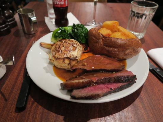 Hawksmoor Spitalfields: Traditional Sunday lunch