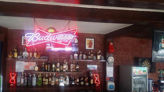Liberty Sports Bar: MANY LIQUORS TO CHOOSE FROM