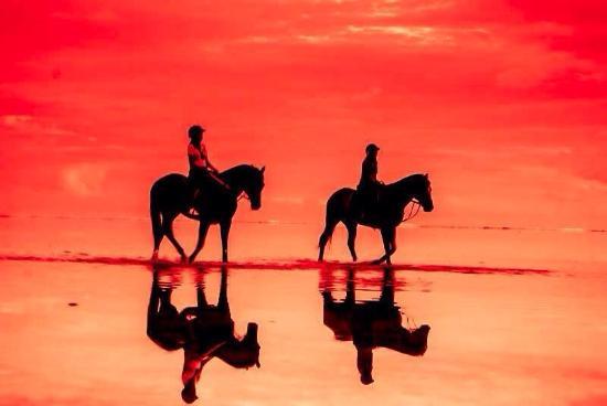 Riambel: Sunset ride