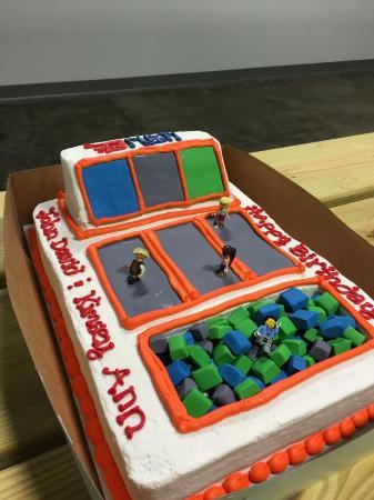 Claremont, Sydafrika: Rush Birthday Cake