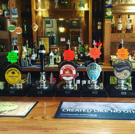 Bromsgrove, UK: Happy days real ale offers, 5pm Sunday-Wednesday night