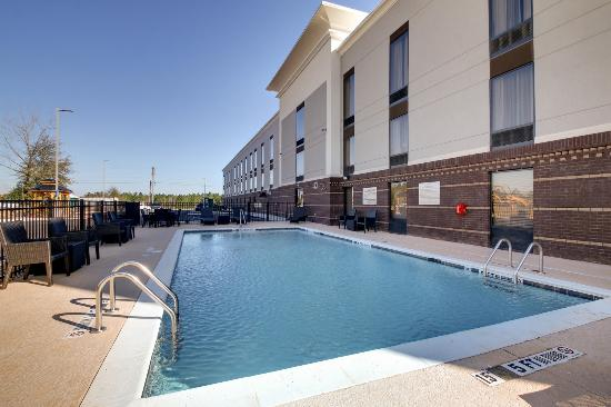 Cordele, GA: Outdoor Pool