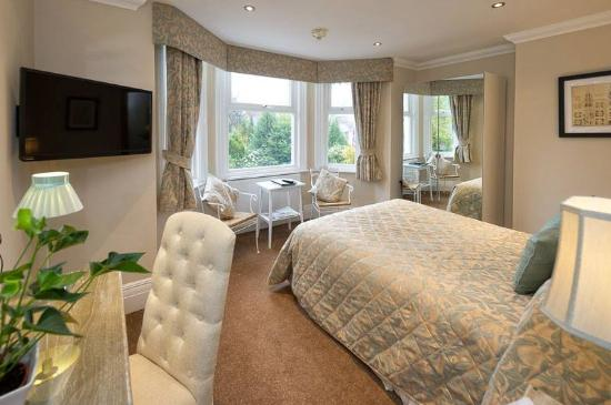 Sale, UK: Executive room