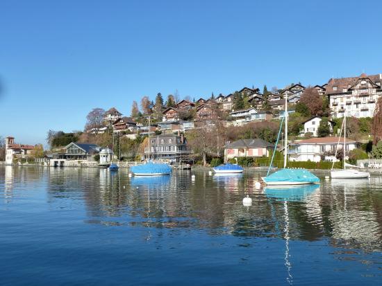 Oberhofen am Thunersee, Sveits: Sicht auf Oberhofen