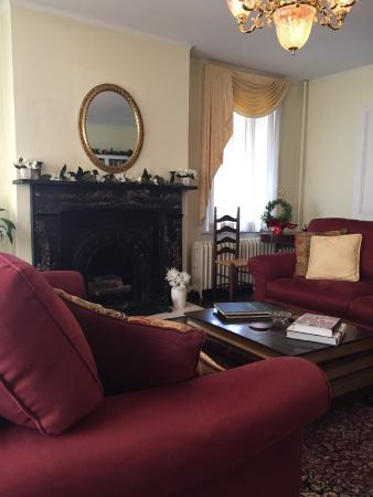 Holladay House Bed and Breakfast: photo2.jpg