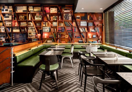 Drake Hotel Toronto: Public Spaces