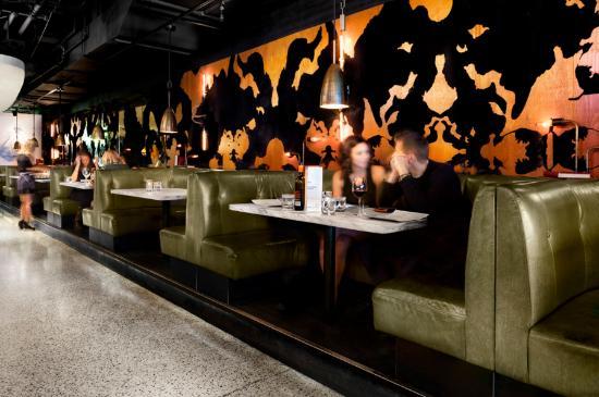 Drake Hotel Toronto: The Lounge