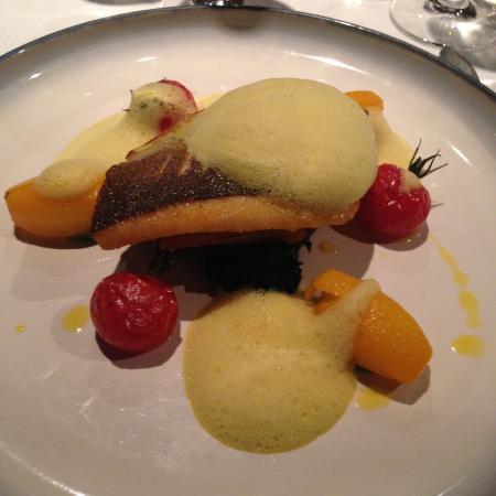 Dax Restaurant: Great food, friendly service