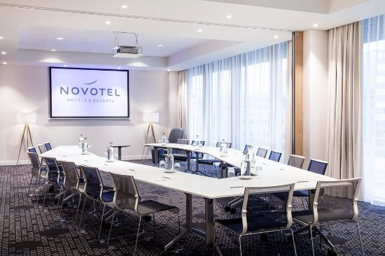 Hotel Meeting Room - 1 - Picture of Novotel Amsterdam Schiphol ...