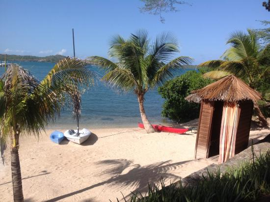 Freetown, Antigua: Beach area