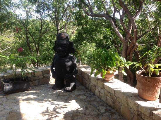 Freetown, Antigua: Artwork in garden