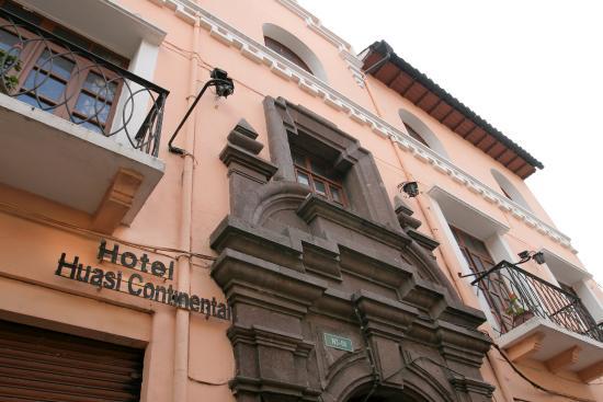 Fachada. Hotel Huasi Continental, Quito Ecuador (1)