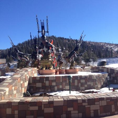 Mescalero, NM: Sculptures in day
