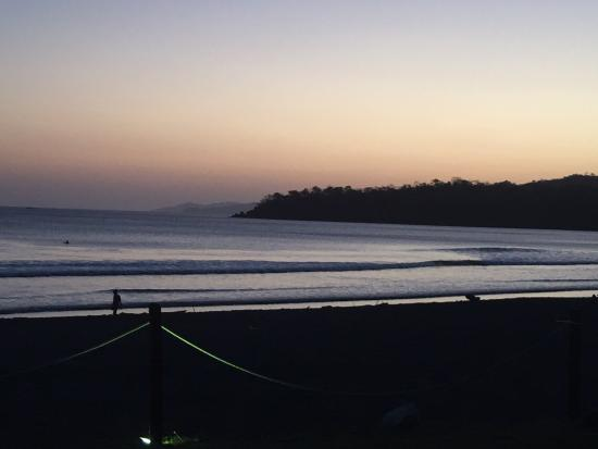 El Sitio Playa Venao: Surfers at sunset