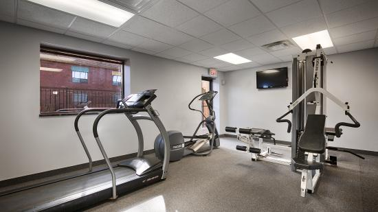 Quality Inn & Conference Centre: Fitness Room