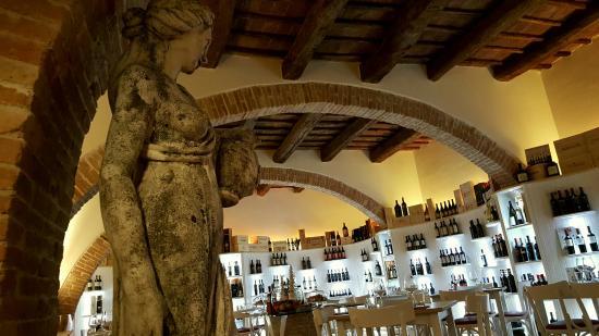 Fabriano, Ιταλία: Enoteca Simona