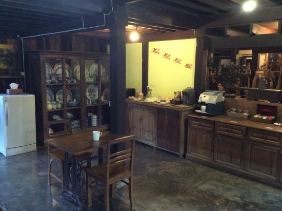 Tanita House: Salle petit déjeuner