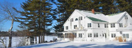 Wolf Cove Inn : Winter Beauty on Tripp Lake