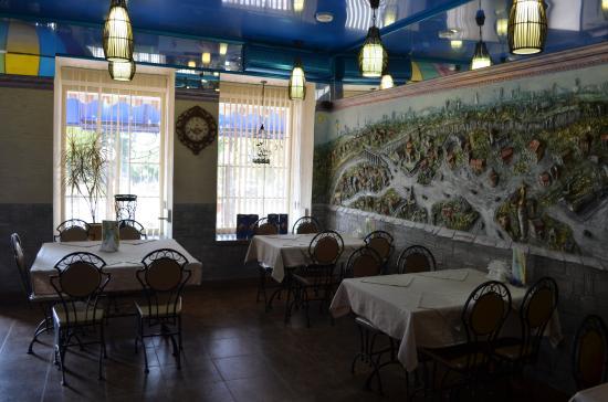 Kamianets-Podilskyi, Ucrania: Красивый интерьер, прекрасное обслуживание.