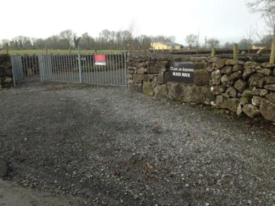 Tuam, Ireland: The entrance and parking area at the Mass Rock garden in Sylane