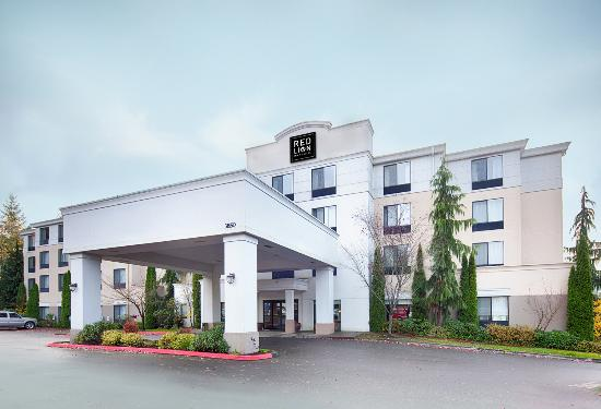 Red Lion Inn & Suites Bothell