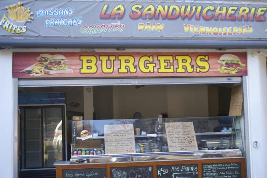 Tarascon-sur-Ariege, Francia: CAS'DAL09 République vous propose des Burgers et Sandwiches  Viandes fraîches (steak Haché 150 g