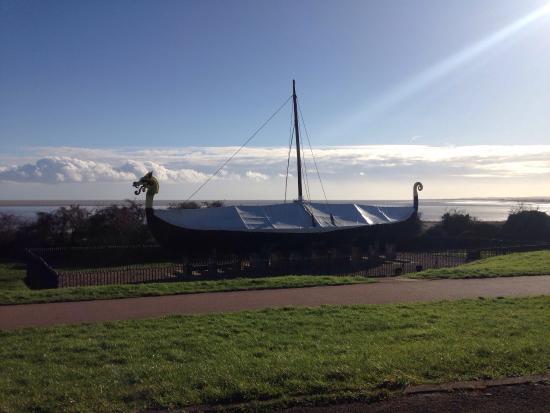 The Viking Ship 'Hugin': photo0.jpg