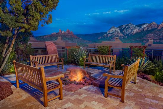 Hyatt Pinon Pointe: Enjoy the sunset and evenings by the firepit