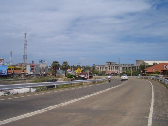 The road into Mannar