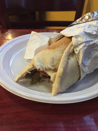 Manakeesh Cafe Bakery & Grill – kuva