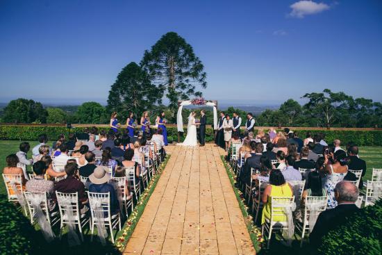 Flaxton, Australia: Garden Wedding. Photograph courtesy of Jenny Cuerel Photography ©