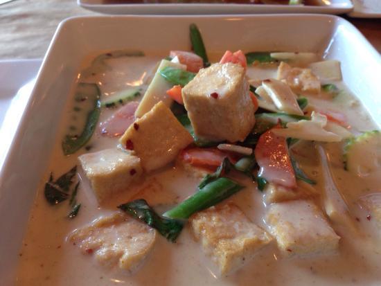 Another excellent curry at Thai spice.  Love the green curry and husband likes the cashew and sh