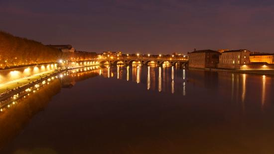 Toulouse, France : Pont Neuf from Pont Saint-Pierre