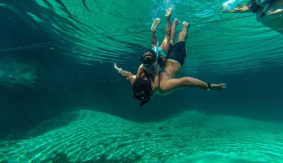 Acuatic Tulum: snorkeling para todas las edades en cenotes