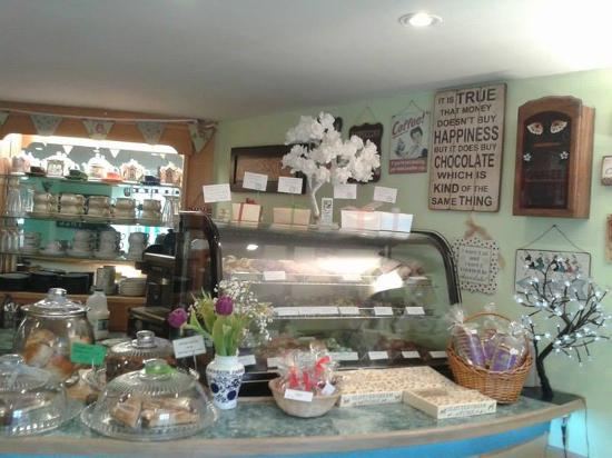 Helmsley, UK: handmade chocolate selection.