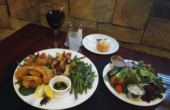 Ligonier, PA: Hand breaded shrimp dinner