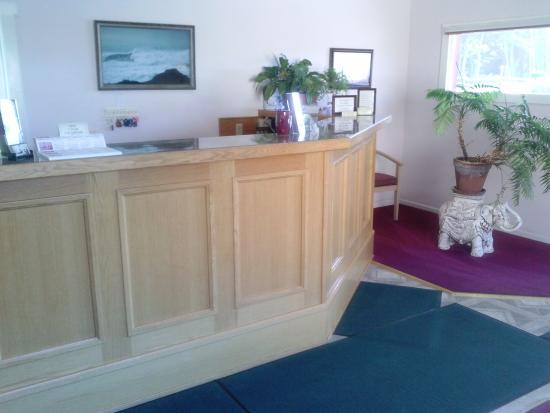 Ocean View Lodge: Lobby