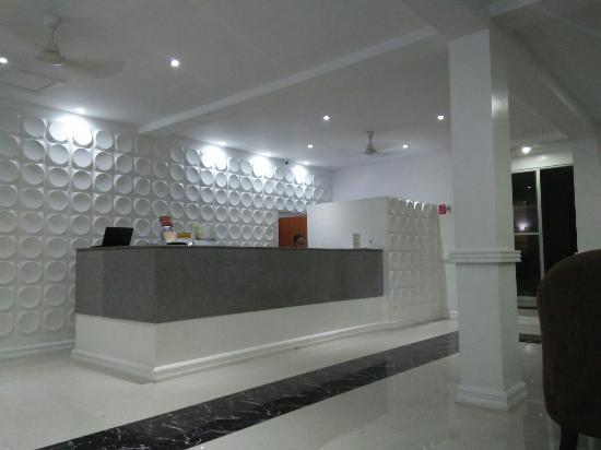Panglao Regents Park Resort: IMG20151128211427_large.jpg